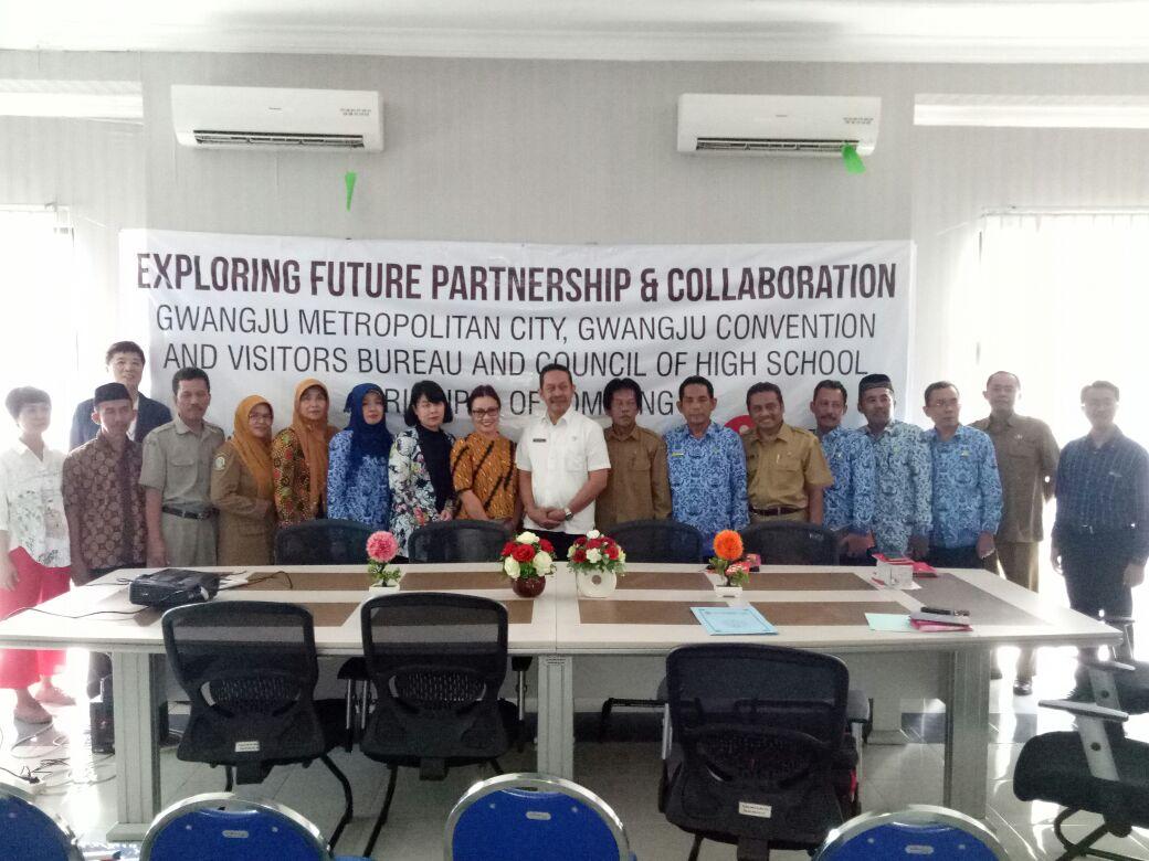 Korea Selatan menawarkan kerjasama dengan SMA-SMK di Kabupaten Jombang