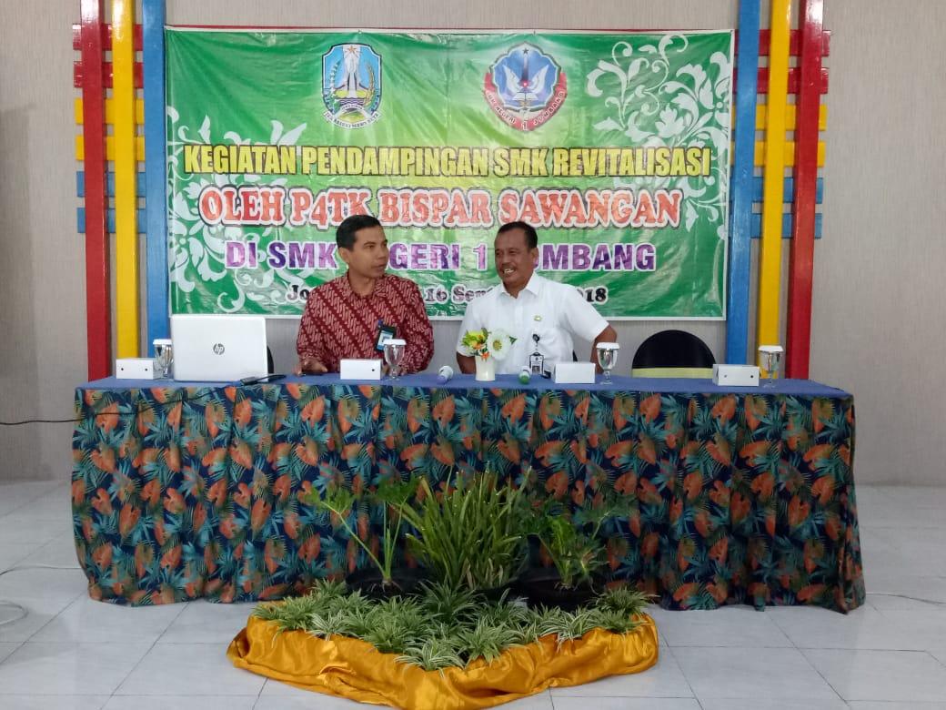 SMK NEGERI I Jombang menuju sekolah revitalisasi pembinaan dari P4TK BISPAR Sawangan
